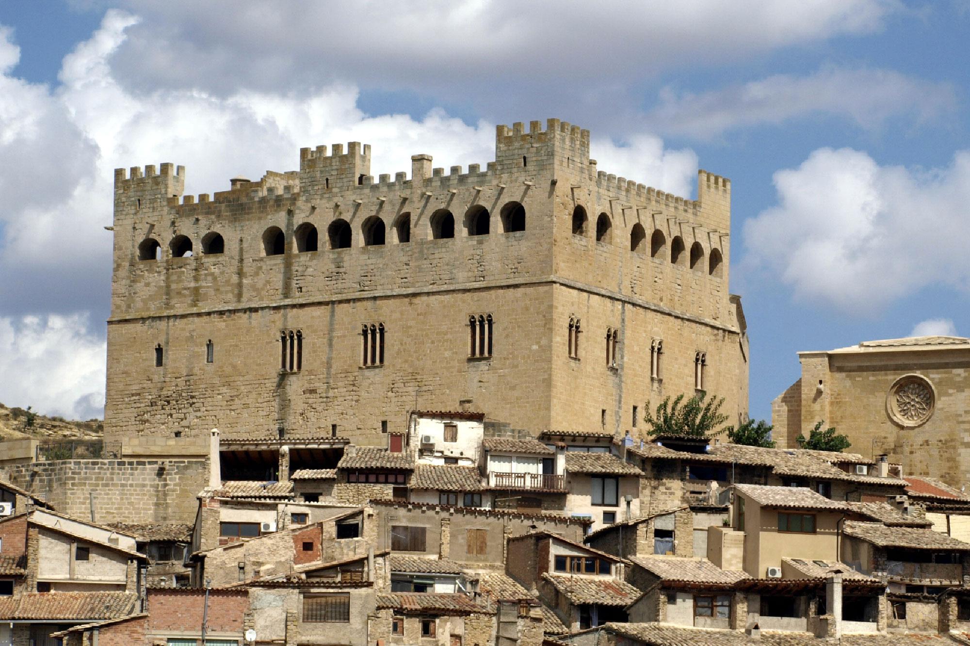 Castillo-Palacio de Valderrobres en la comarca del Matarranya en Teruel